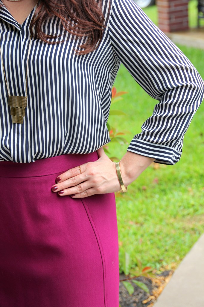 Work Style with Gold Jewelry / Lady in Violet Blog