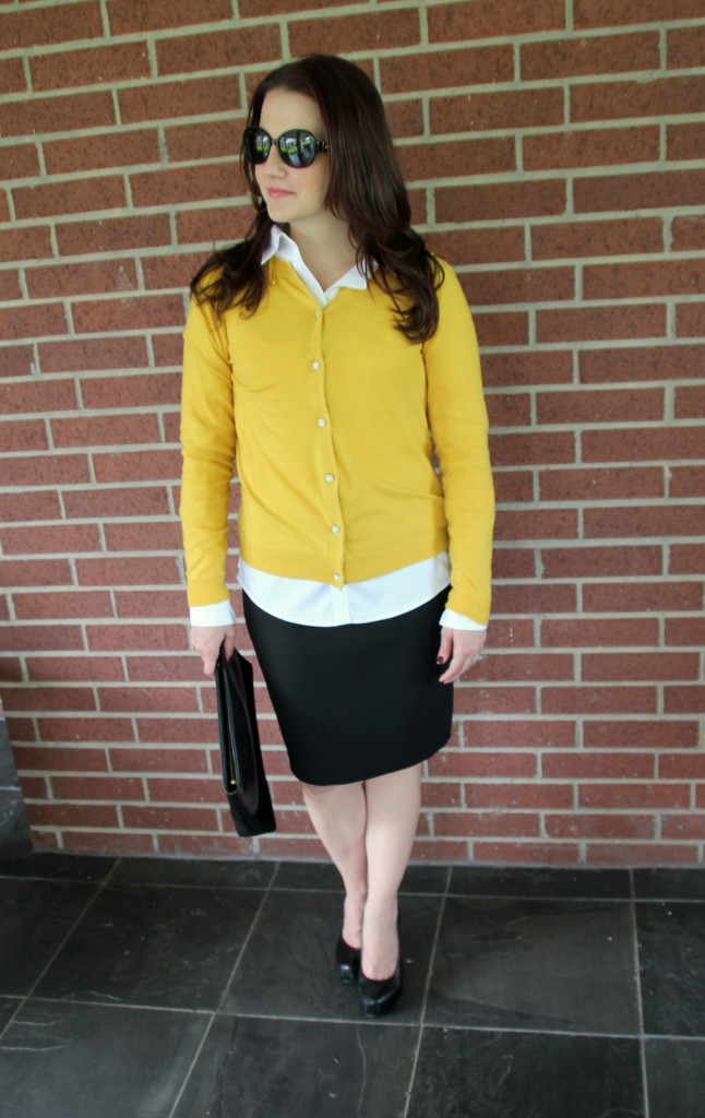 Work Style look with cardigan and pencil skirt