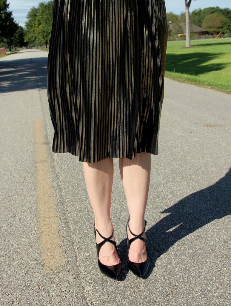 Topshop Gold Midi Skirt and Black Enzo Angiolini Pumps