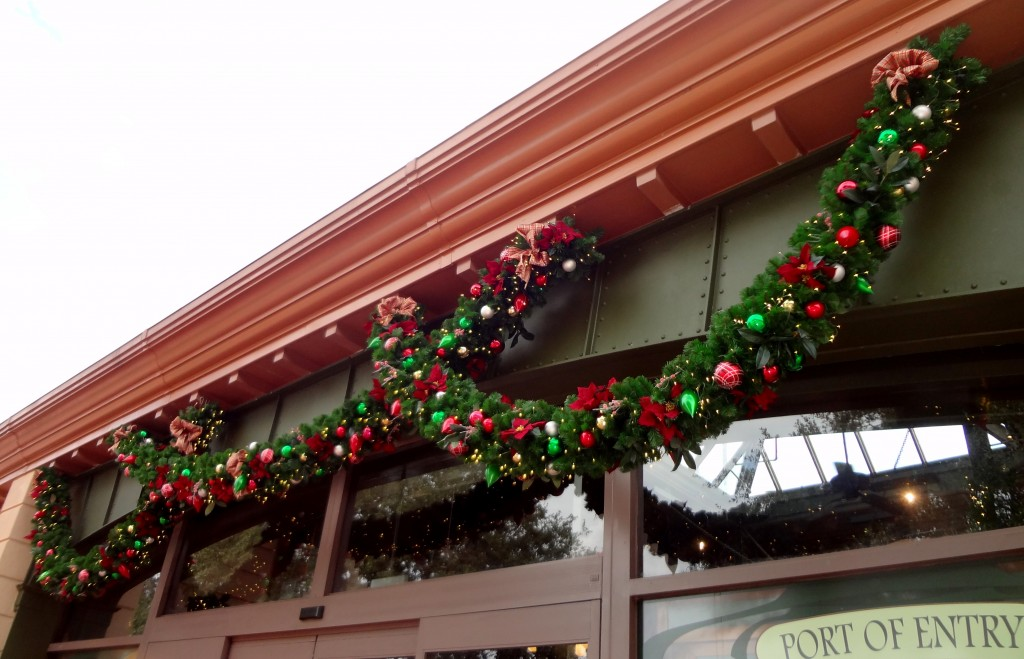 Walt Disney World Epcot Christmas Garland