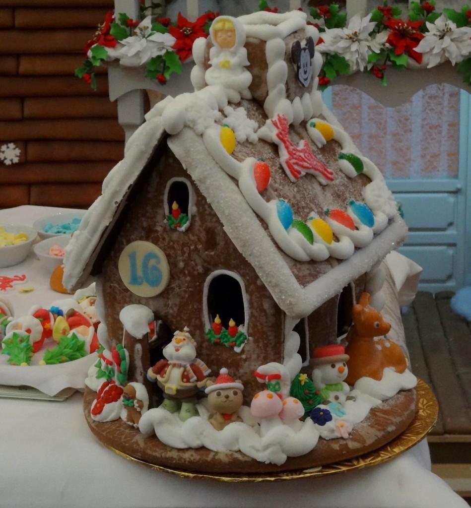 Walt Disney World Gingerbread House