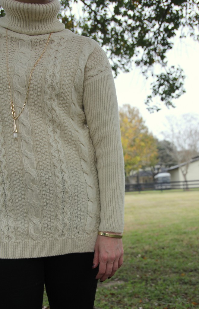 Goodnight Macaroon Sweater with Baublebar necklace