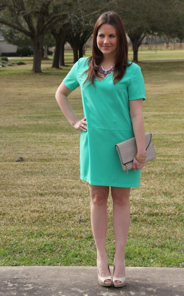 Easter Outfit Idea - Mint dress with statement jewelry, love it!