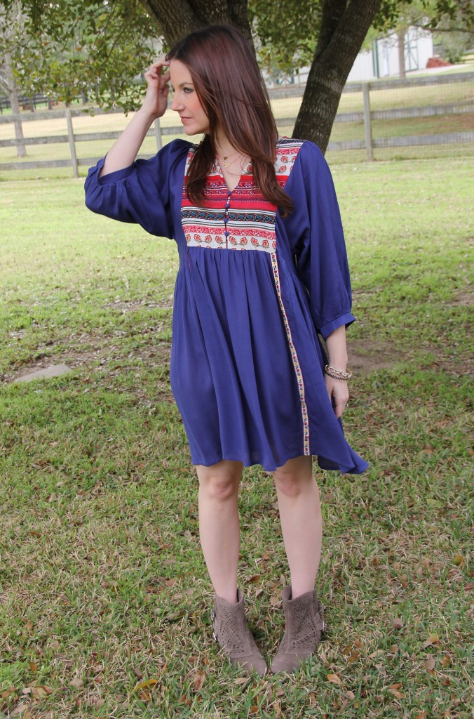 Boho Chic look - Blue Dress and Booties | Lady in Violet