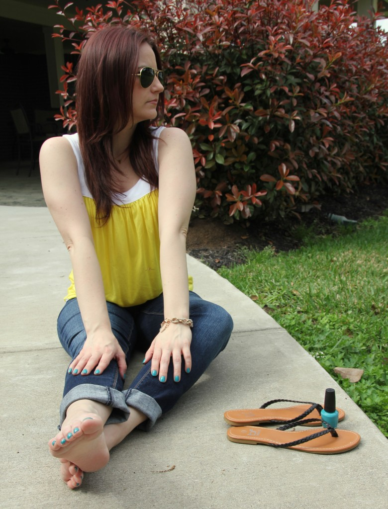 Casual Summer Outfit Idea | Lady in Violet