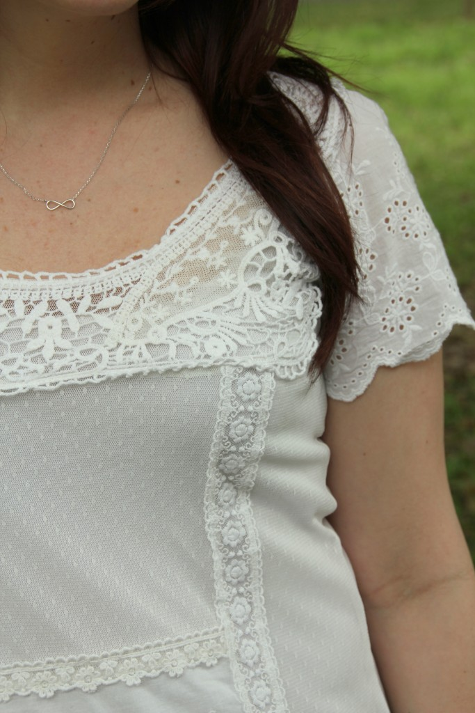 White Lace Top | Lady in Violet