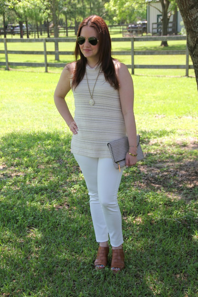 Spring Outfit Idea - A nuetral color pallate in white, beige, and gold | Lady in Violet