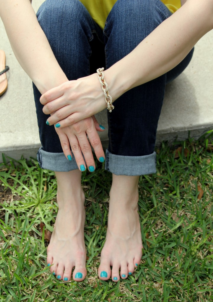 Summer Jeans and Nail Polish Color | Lady in Violet