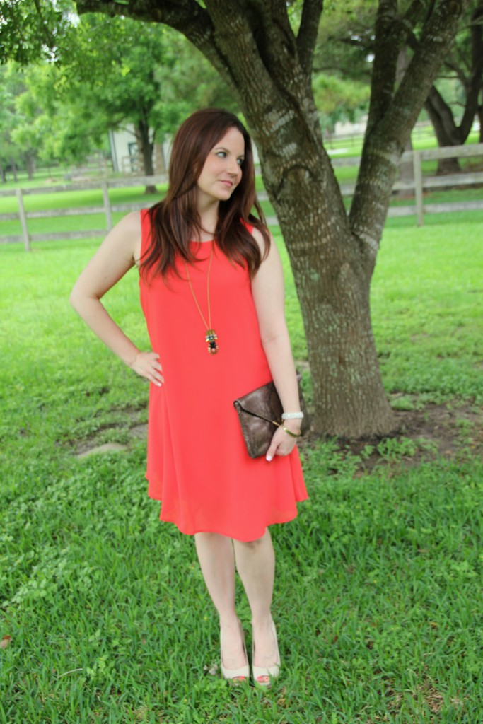Everly Shift Dress and Guess Nude Pumps | Lady in Violet