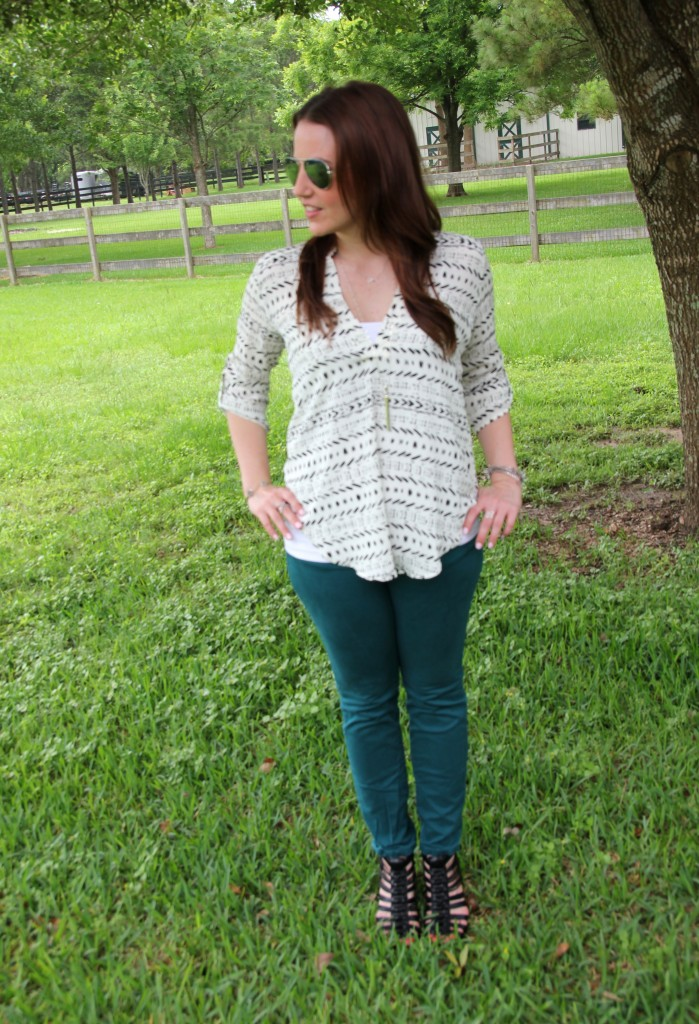 Weekend Outfit Idea - Teal Jeans with White printed blouse | Lady in Violet