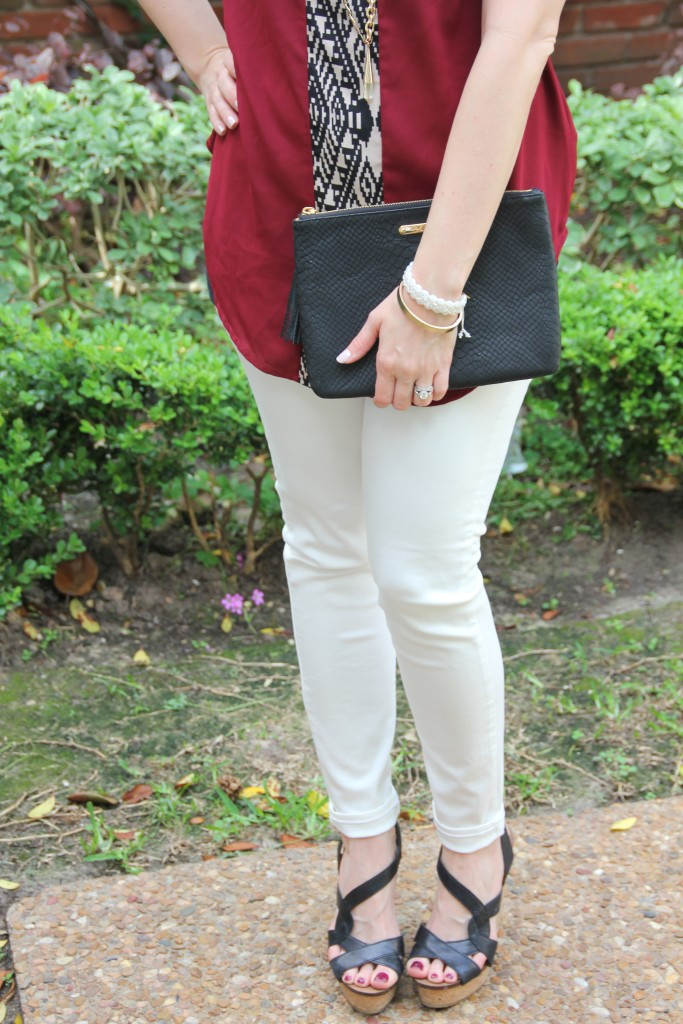 Weekend Outfit Idea - Tunic Top, white denim and wedges | Lady in Violet
