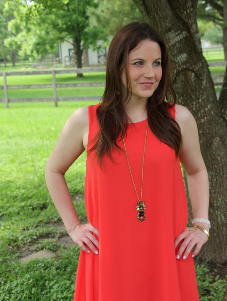 Summer Outfit Idea - Orange Shift Dress and Gold Jewelry | Lady in Violet