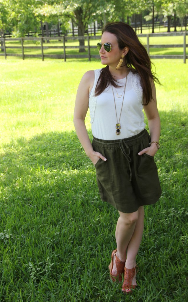 Summer Outfit - White Tanks and Green Linen Skirt | Lady in Violet