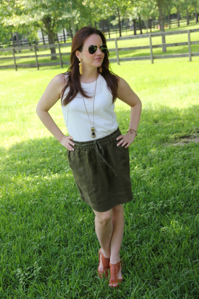 Summer Outfit - white tank and skirt with wedges | Lady in Violet