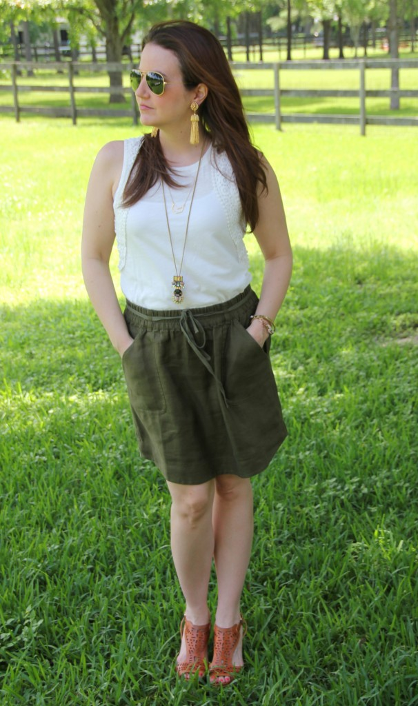Summer Outfit - white tank and green skirt with wedges | Lady in Violet