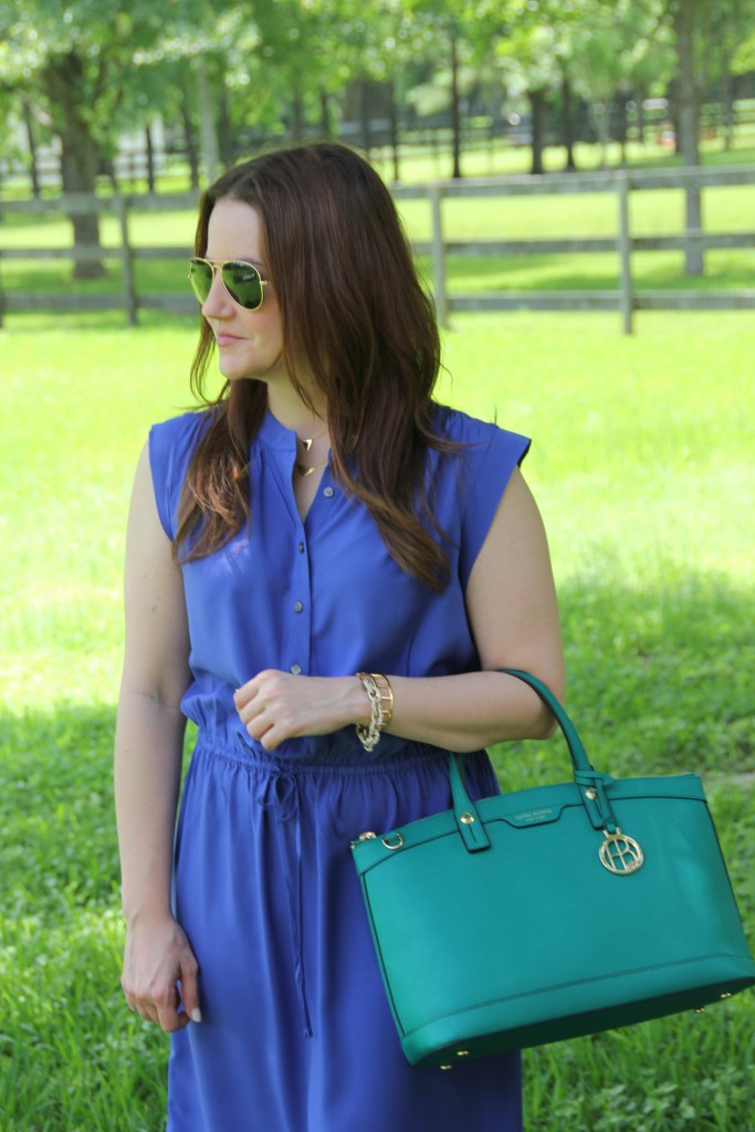 How to Buy a colored handbag | Lady in Violet