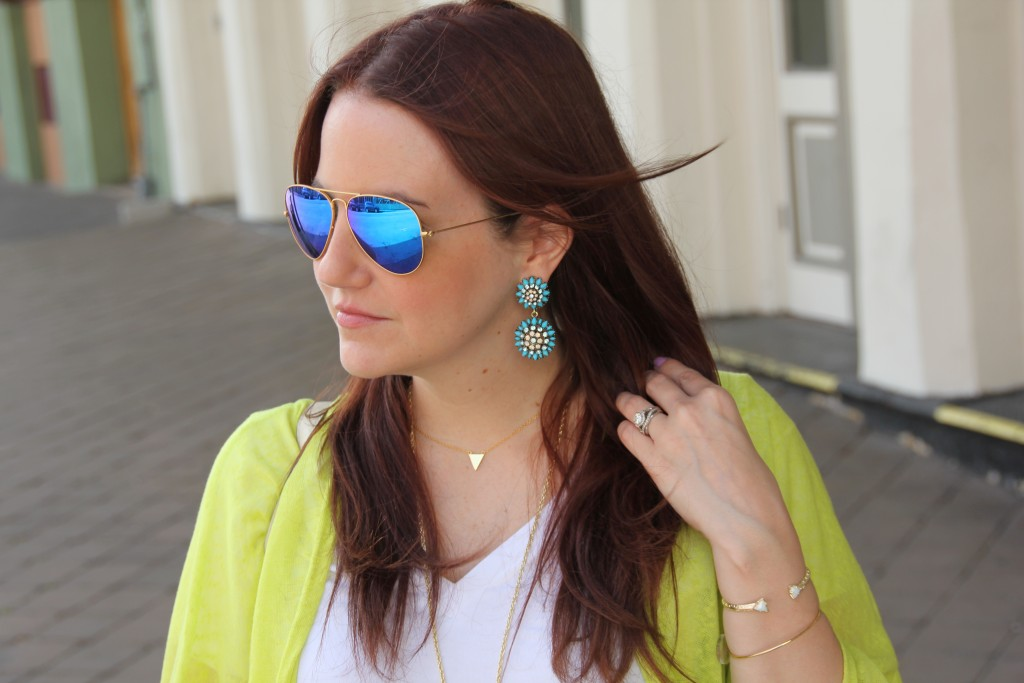 Baublebar Dandelion Earrings and Mirrored Ray Bans | Lady in Violet
