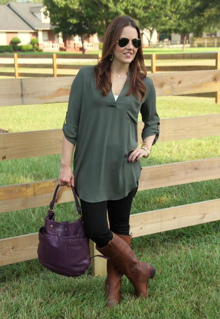 Fall Outfit - Tunic, Skinny Jeans and Boots | Lady in Violet