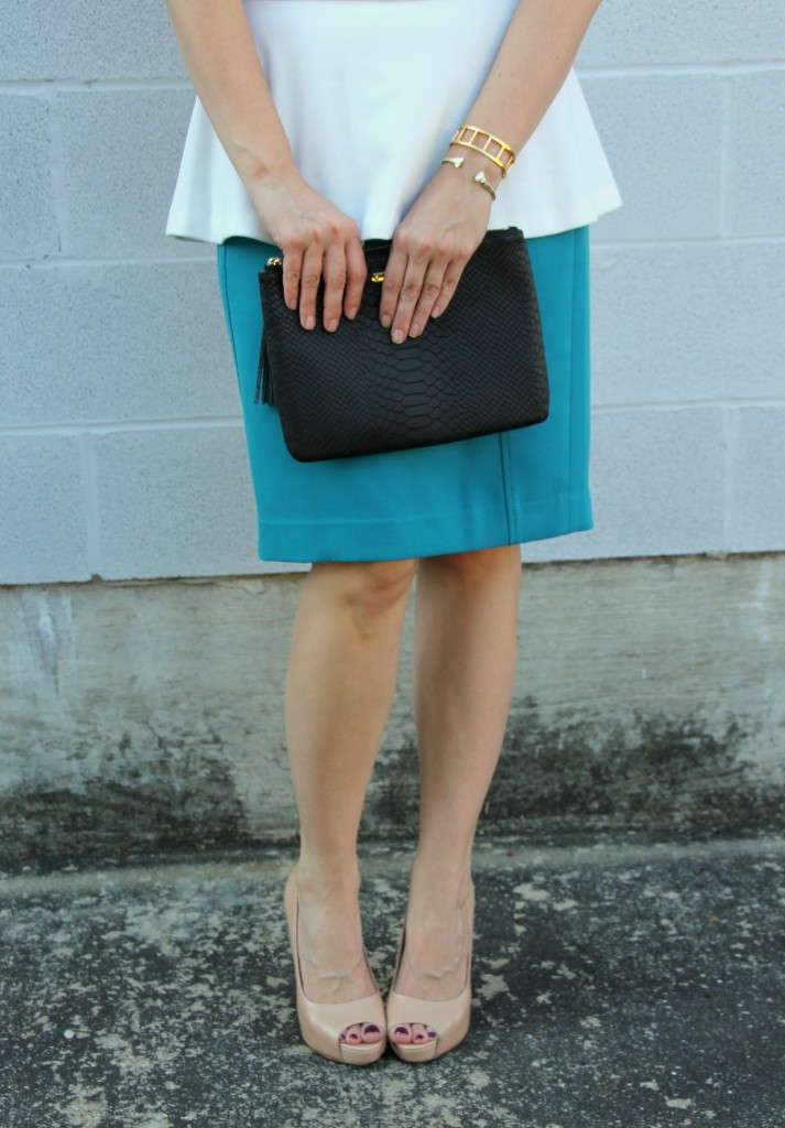 Teal blue pencil Skirt and black clutch | Lady in Violet