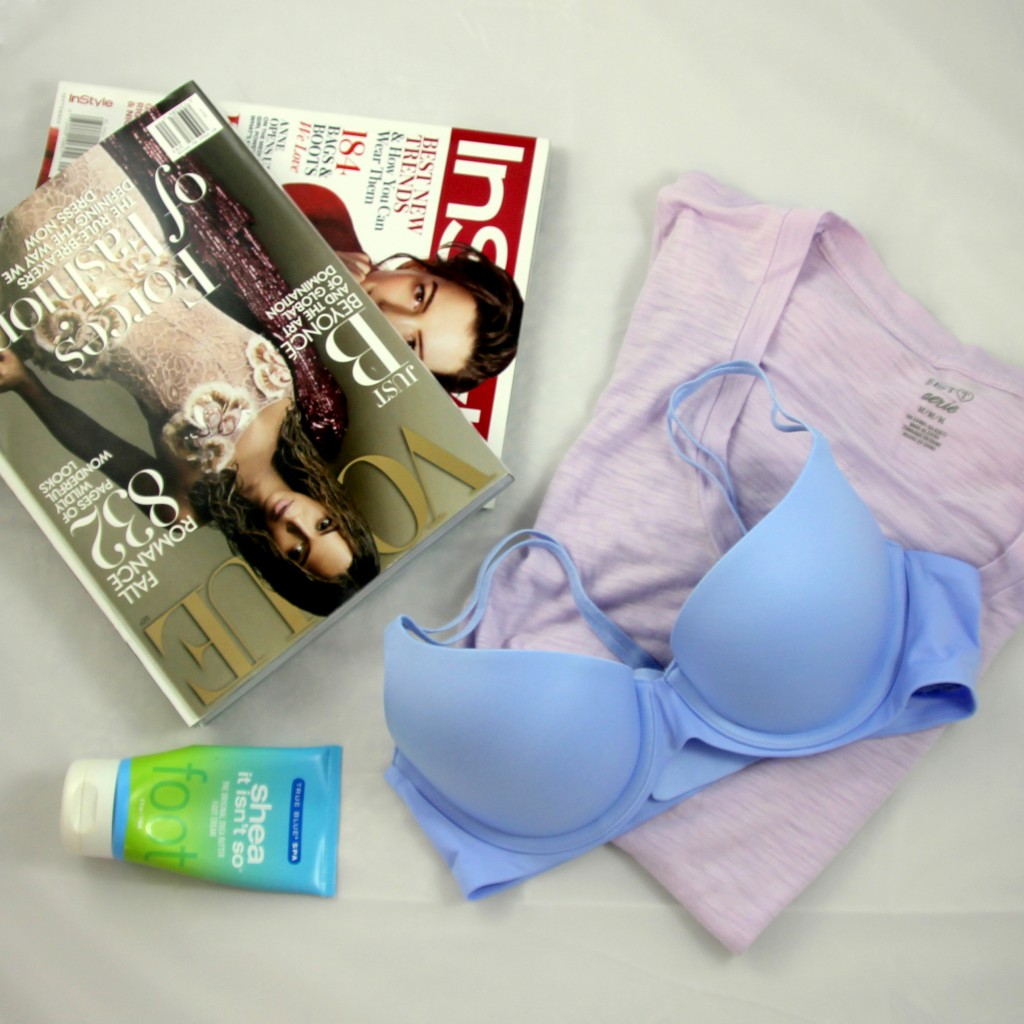 Aerie T-shirt bra and the September Issue | Lady in Violet
