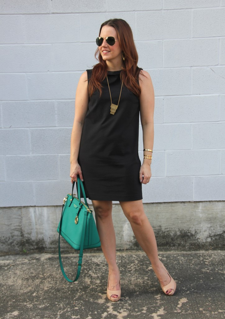 Office Outfit - Shift Dress and Peeptoe Pumps | Lady in Violet