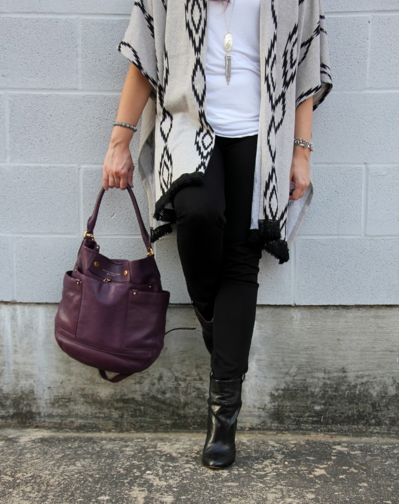 How to Wear a Poncho | Lady in Violet