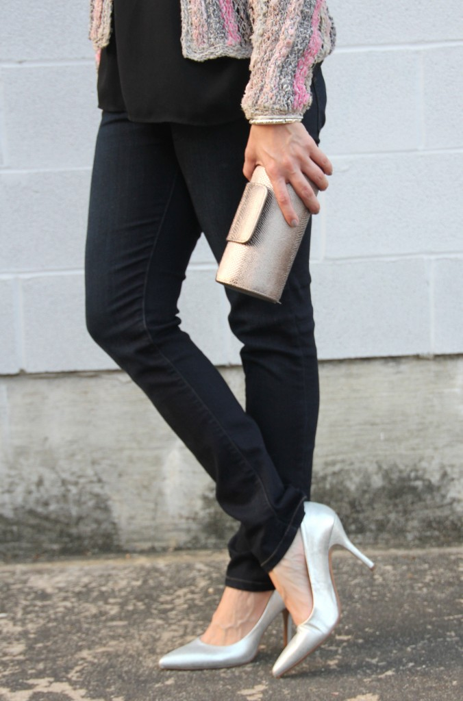 Dark Skinny Jeans with Silver Pumps | Lady in Violet
