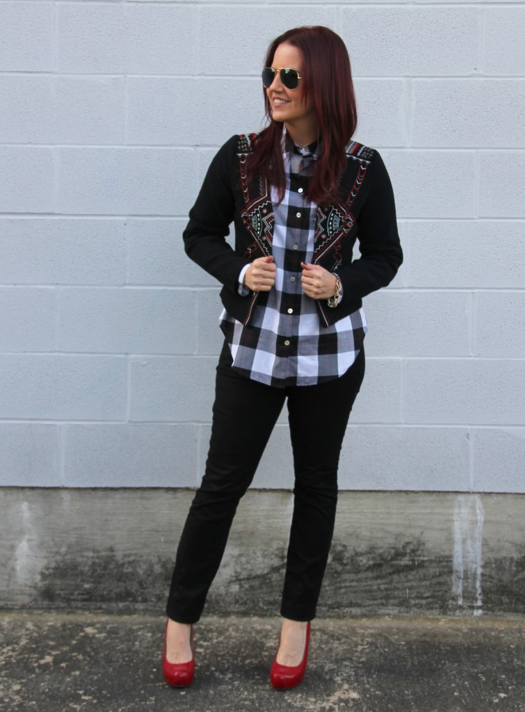Fall Outfit Idea - Skinny Jeans and Plaid Top | Lady in Violet