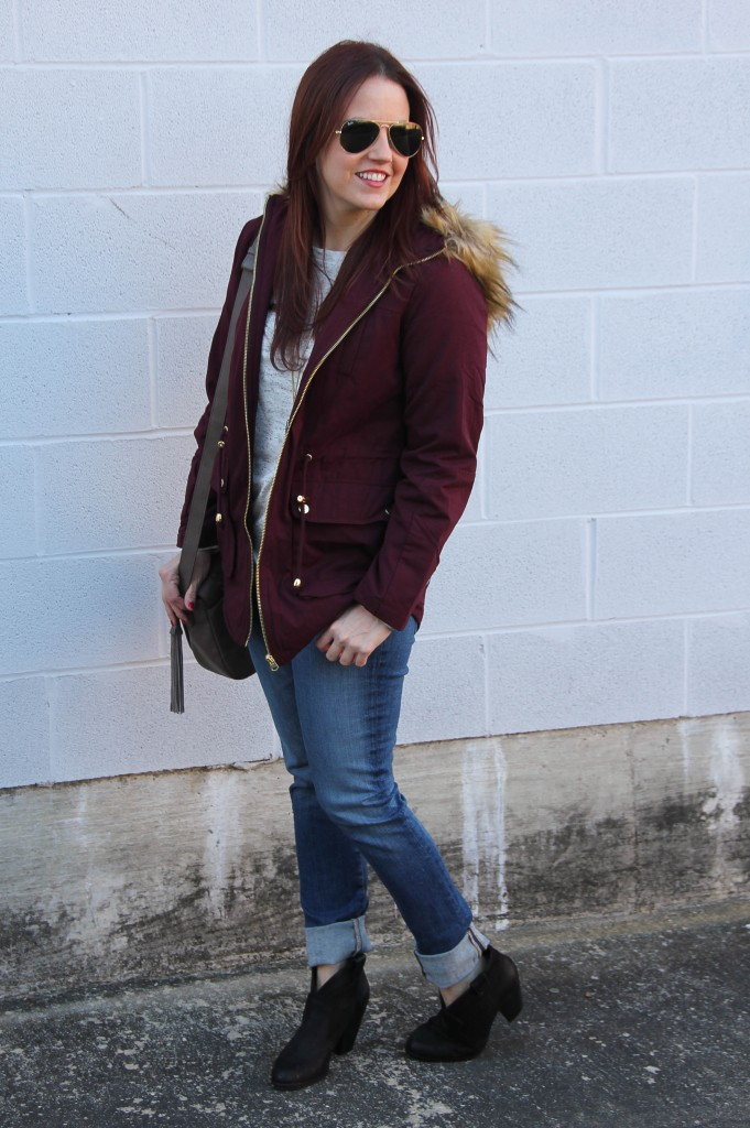 Weekend Casual Outfit | Lady in Violet