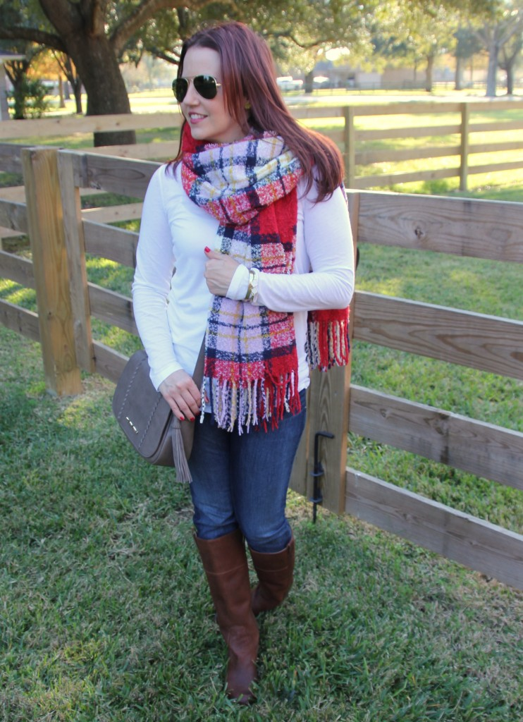 What to Wear on Weekends - Scarf and Boots | Lady in Violet