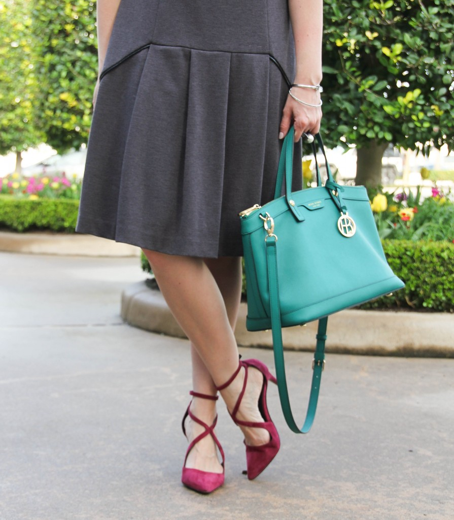 Burgundy heels and green satchel for work | Lady in Violet