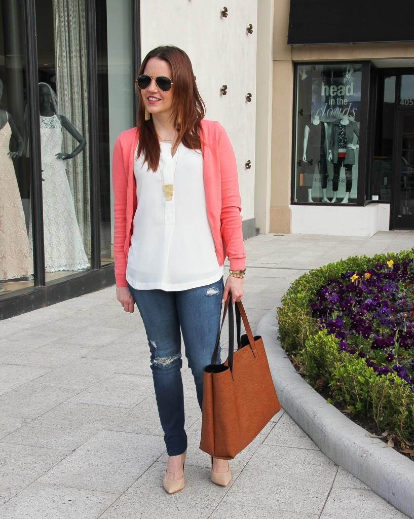 weekend outfit -heels with distressed denim