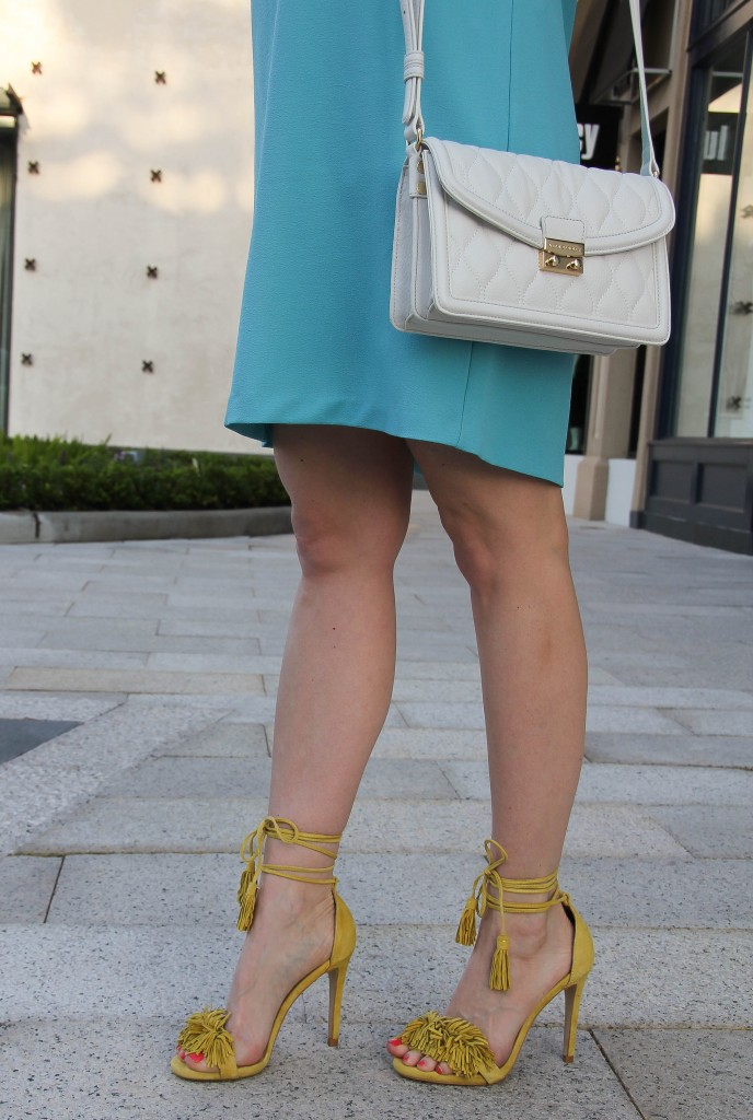 steve madden sassey sandals in yellow