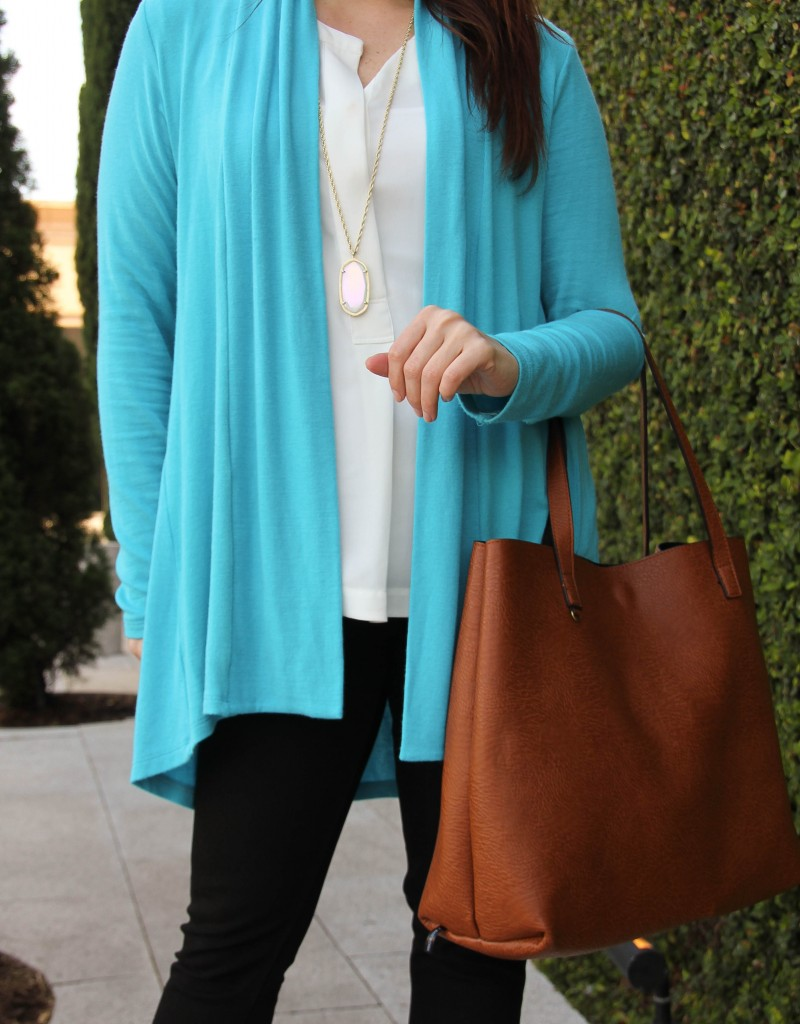 Spring long cardigan with brown tote bag