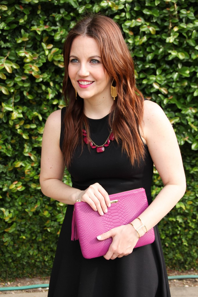 loren hope statement necklace and pink clutch