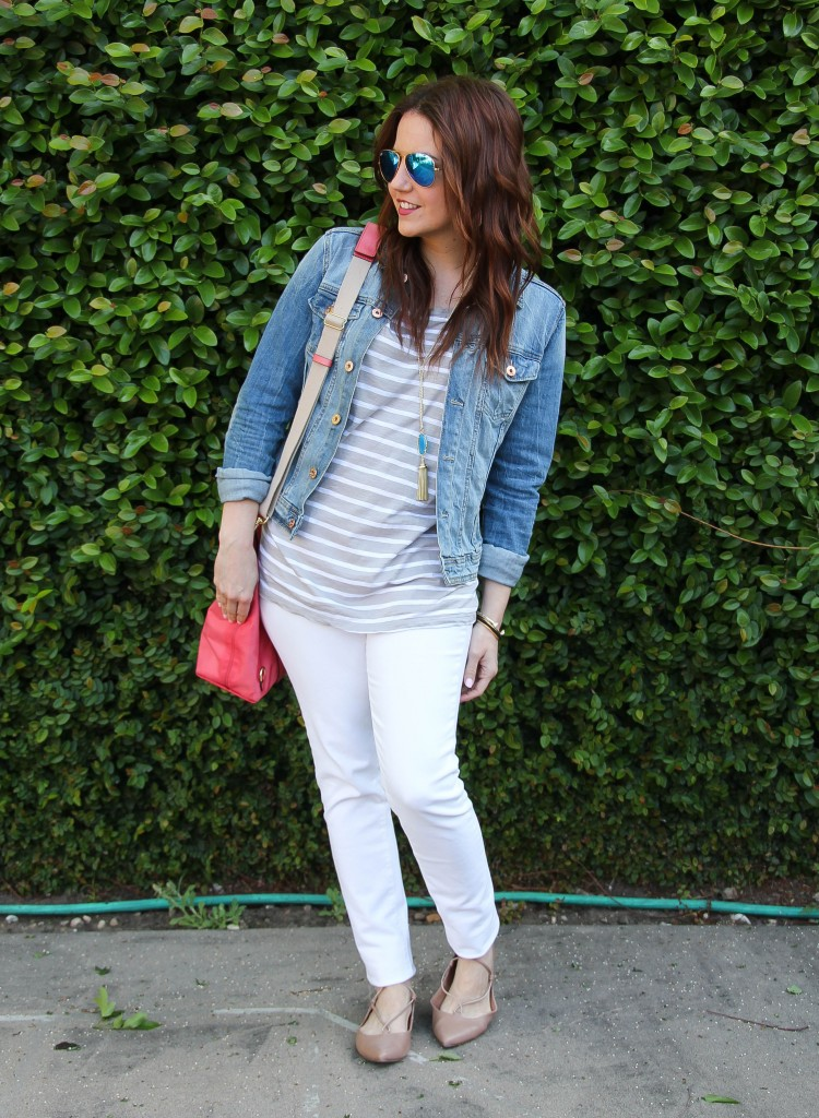 what to wear on vacation - denim jacket