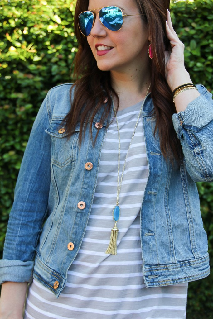 blue mirrored aviators, gray striped tee with denim jacket and kendra scott