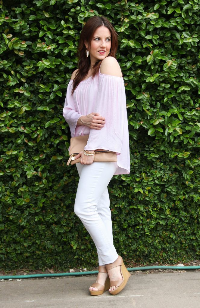 brunch outfit for spring - pink top, white jeans and wedges