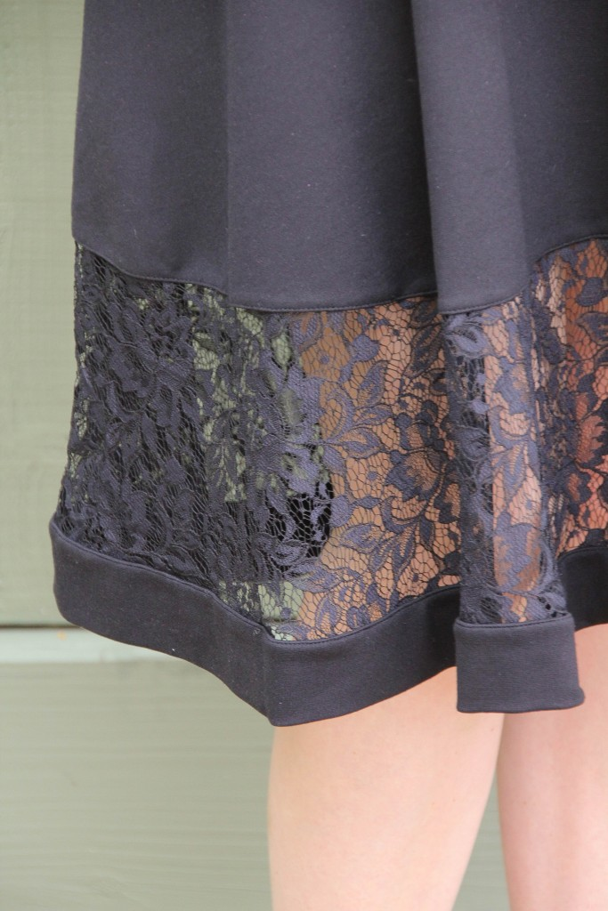 gorgeous lace details on a lbd