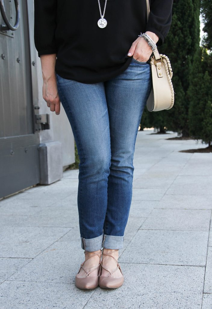 comfortable skinny jeans and lace-up flats