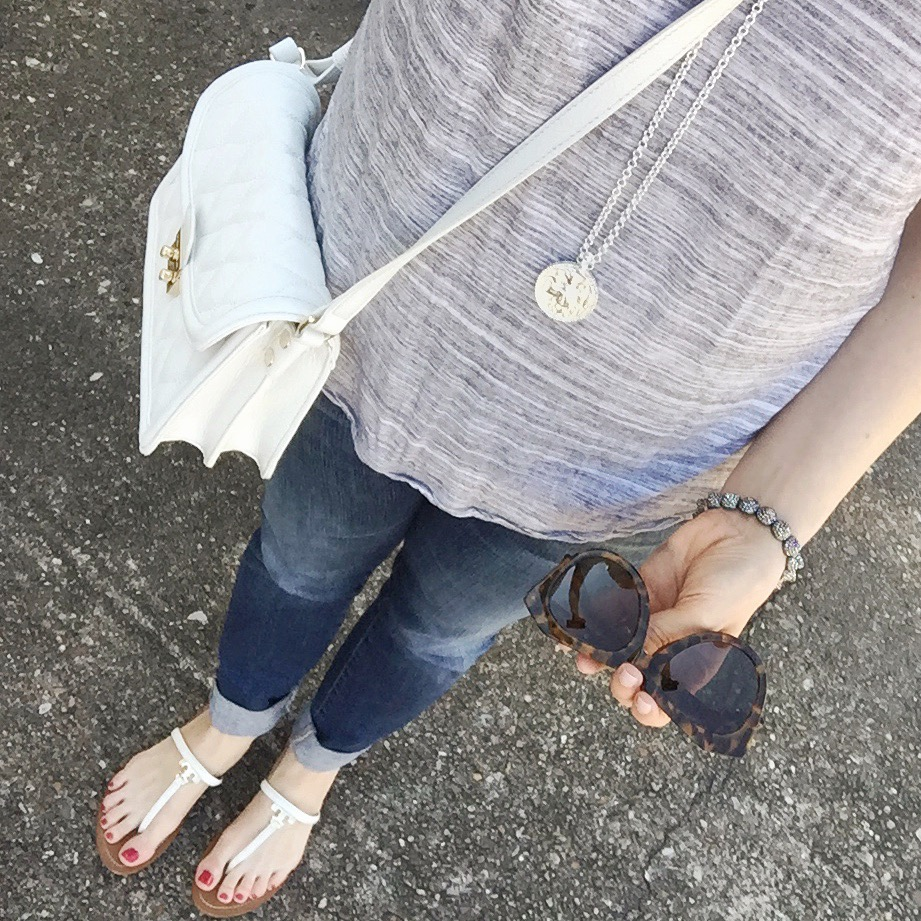 casual weekend outfit - tee and jeans