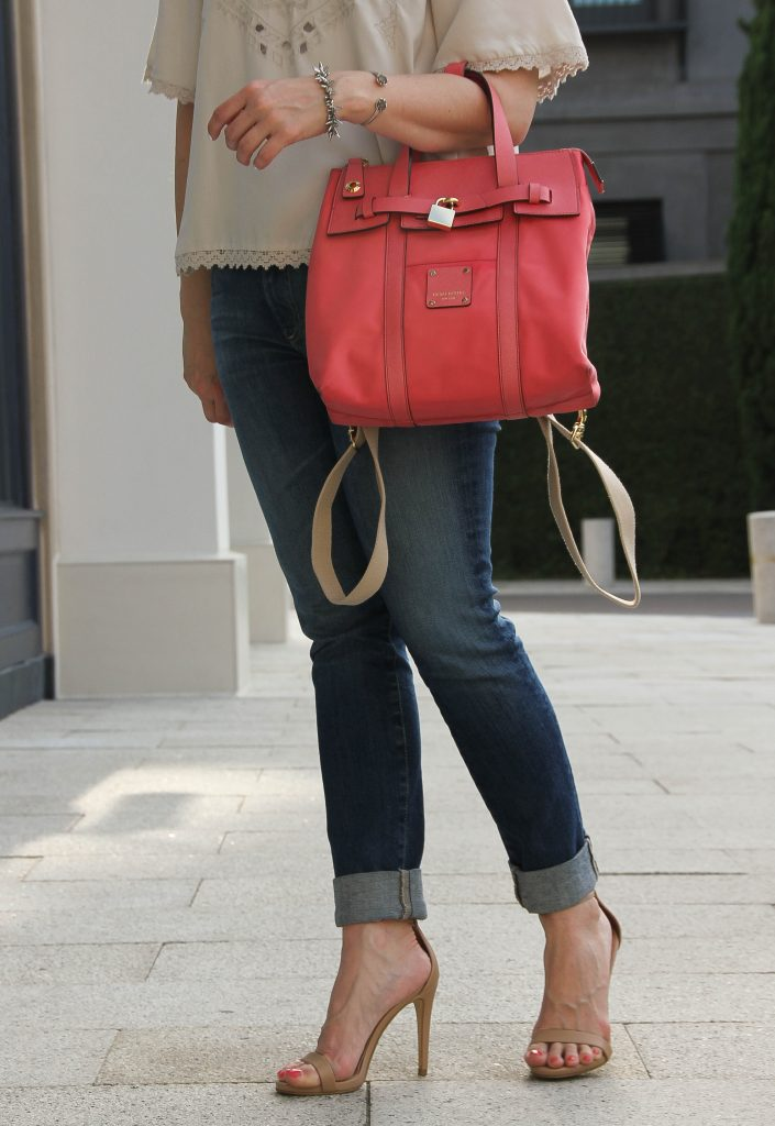 skinny blue jeans with heels