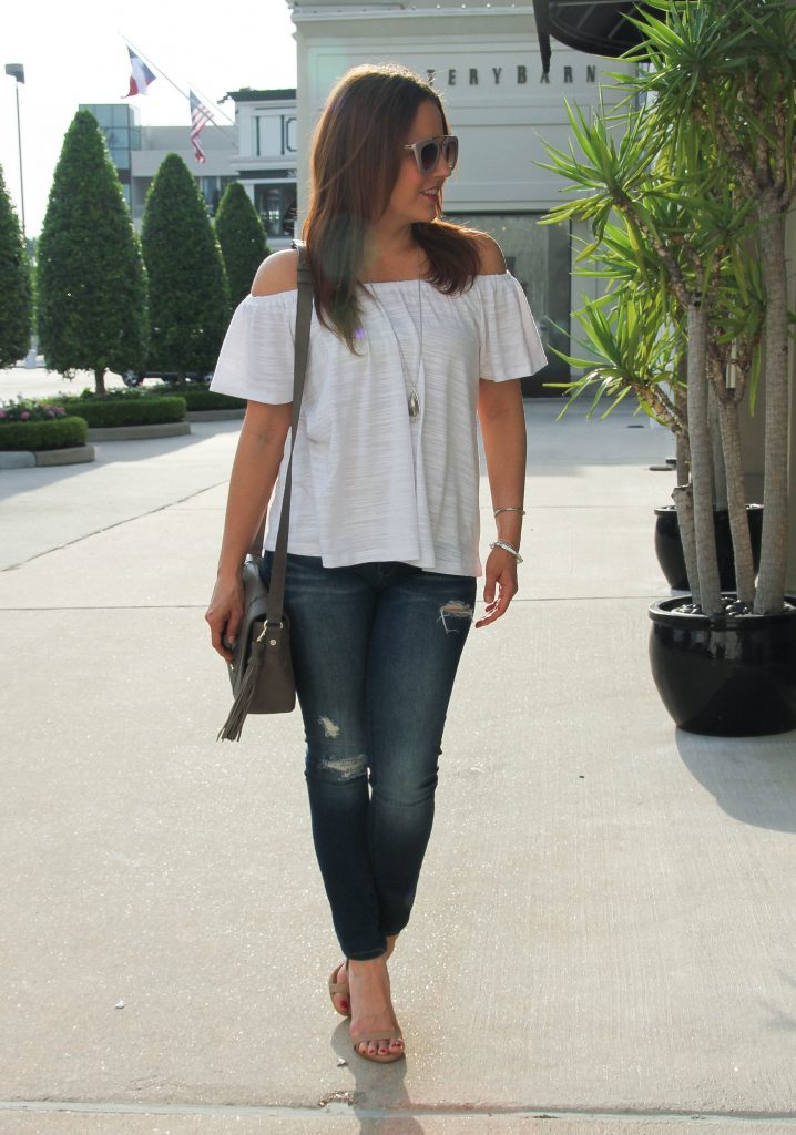 weekend outfit inspiration - white top, jeans and heels