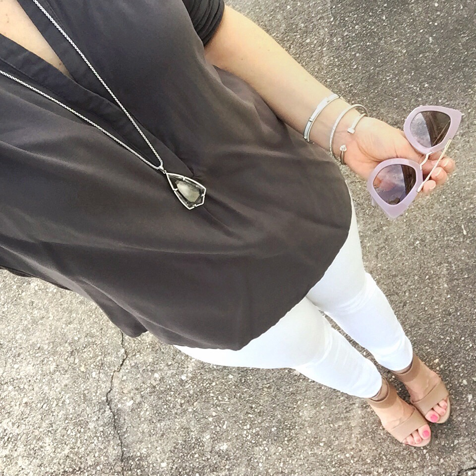 gray tunic and white jeans - summer casual outfit idea