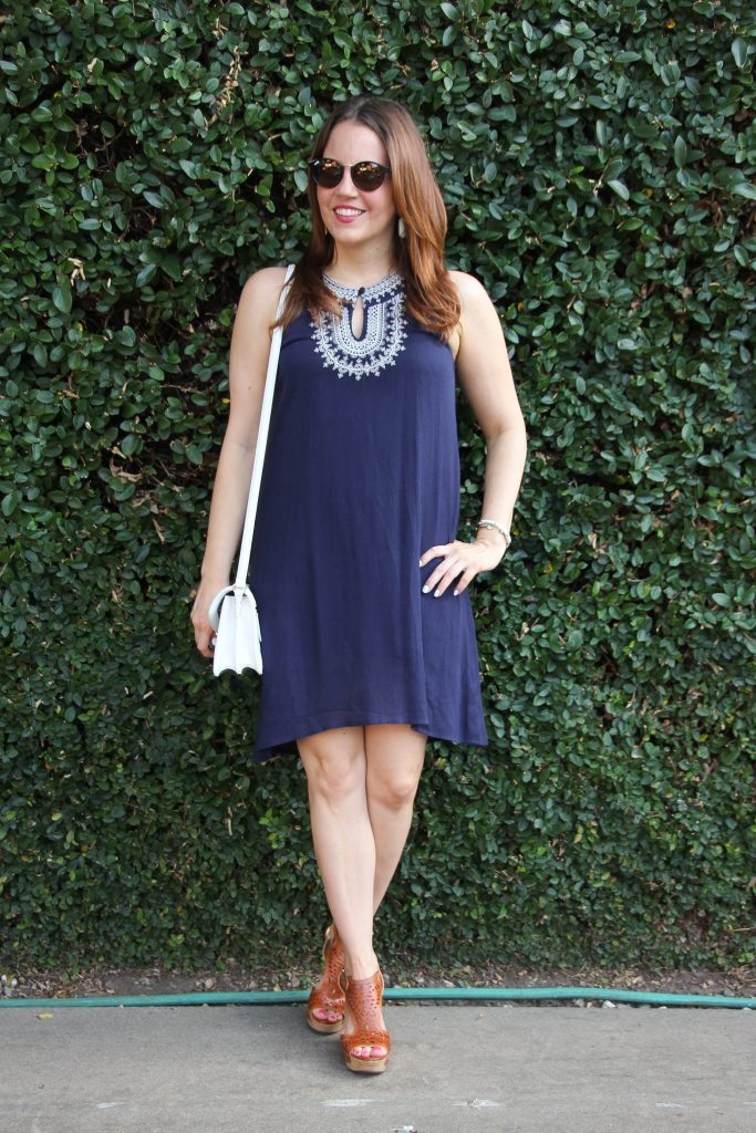 semi dressy 4th of July outfit - navy and white dress