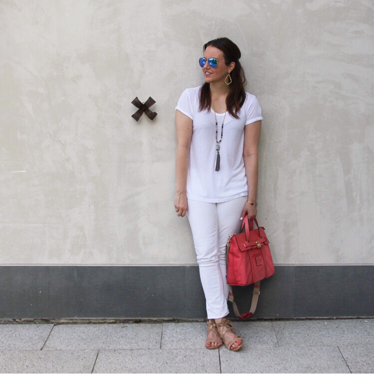 all white summer outfit with jeans