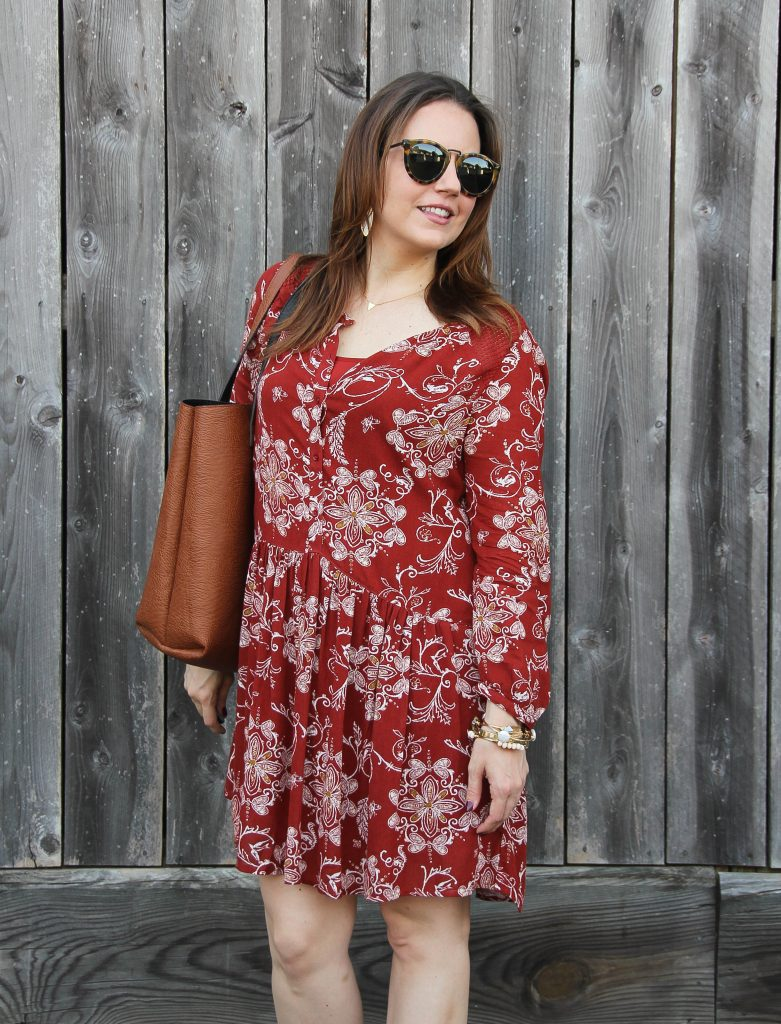 fall weekend outfit -red floral shift dress