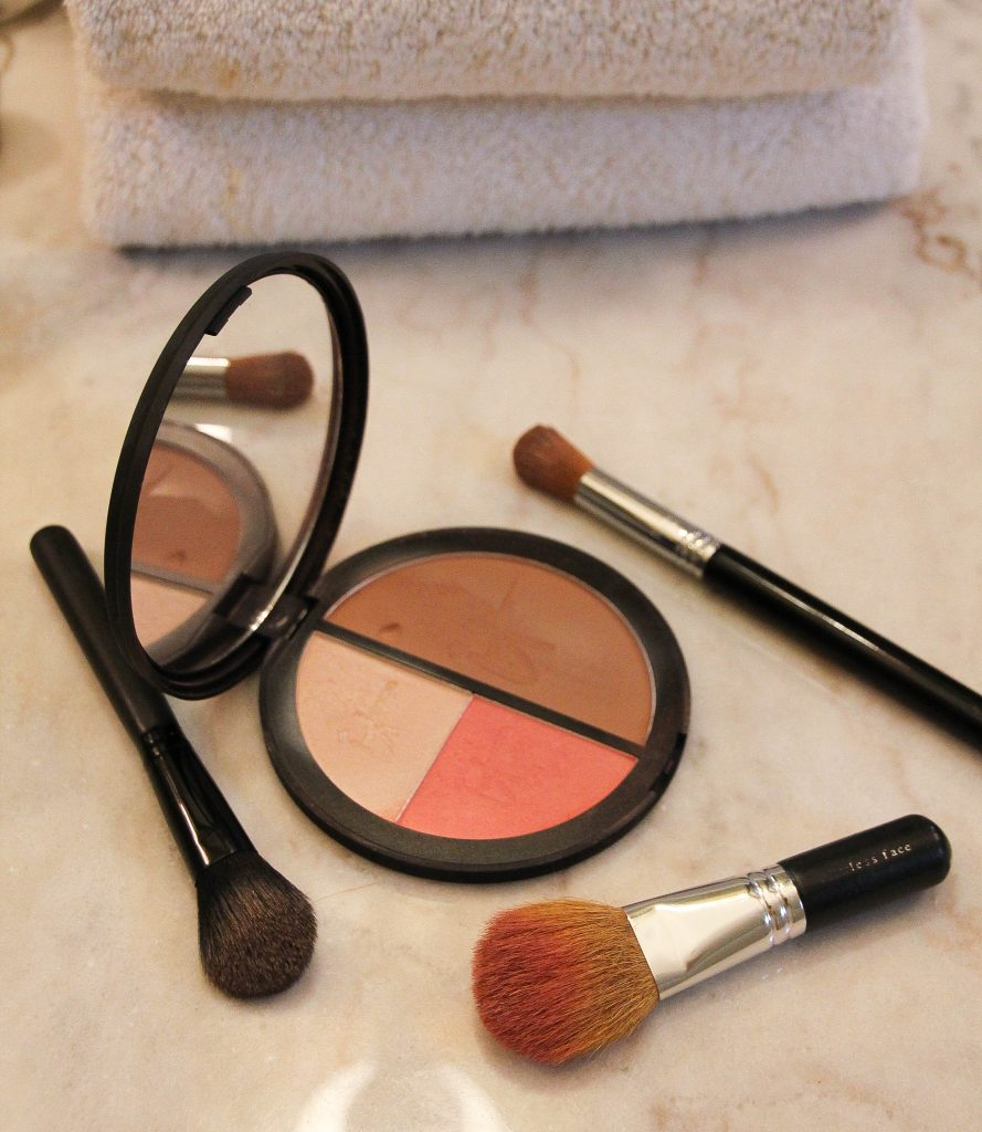 best makeup brushes to start contouring
