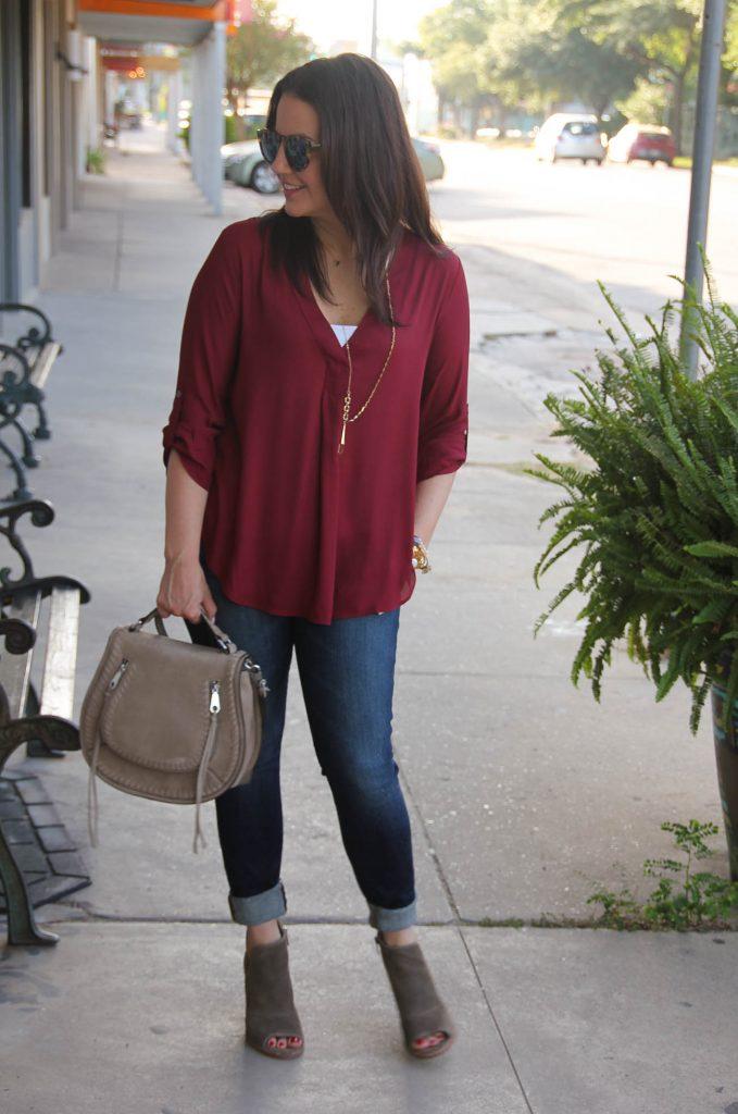 maroon blouse outfit dark skinny jeans peeptoe booties