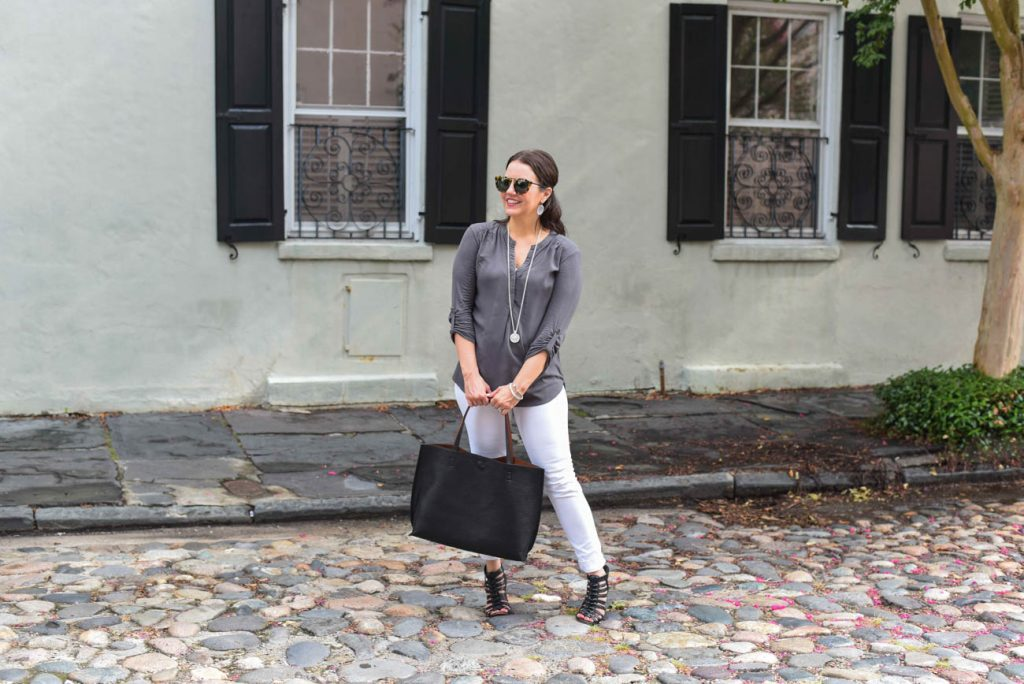 what to wear on vacation charleston cobblestone streets
